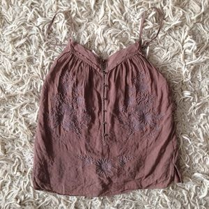 Sweet A&F embroidered boho top